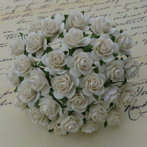 Mullberry roses - ivory - 15mm